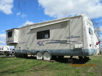 NATIONAL SEABREEZE  32 FT  5TH WHEEL