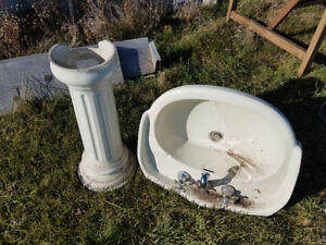 Freestanding vanity sink with taps