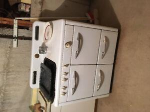 Gurney Stove / Oven