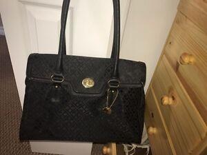 Genuine Tommy Hilfiger purse! $200 value!