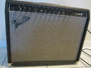 Fender Performer 1000 112 HYBRID