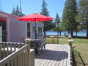 SANDY BEACH LAKEFRONT COTTAGE (2BDRM/1BATH))