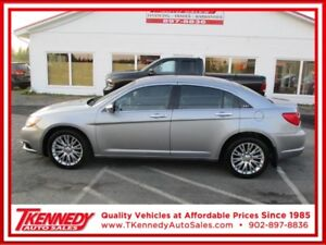 2014 Chrysler 200 4dr Sdn Limited