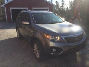 2011 Kia Sorento AWD Loaded w/ Leather