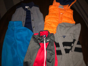 Kid clothes size 4