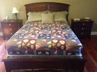 Used queen bed set
