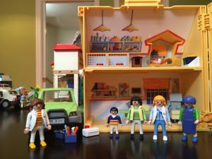 Playmobil – Clinique Vétérinaire # 5870 et Auto #4345