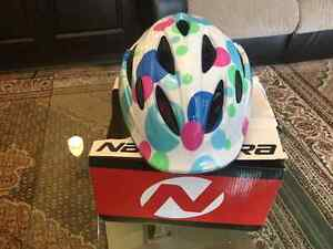 Bicycle helmet for girls
