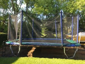 11-17' Trampoline with Safety Net