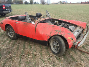 1972 / 73 MG Midget complete original parts car Windsor Region Ontario image 3