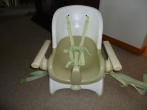 Safety First Reclining  Portable Highchair