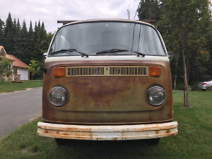 1973 Volkswagen Tin Top-Westfalia