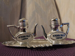 Antique and Novelty Salt and Pepper Shakers Peterborough Peterborough Area image 6