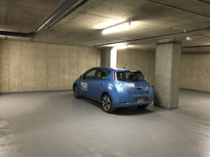 Garage / Parking souterrain en plein centre ville 24/7