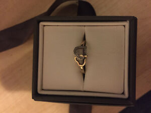 10K Gold Heart Shaped Promise Ring - 200$