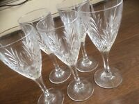 Bargain 5 beautiful crystal wine glasses A* condition.