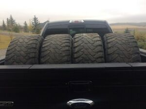 33 x 12.5 R20 - Toyo Open Country M/T