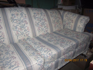 Couch with blue tones