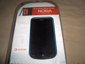 Nokia 520 locked to Rogers and Chat-R good shape