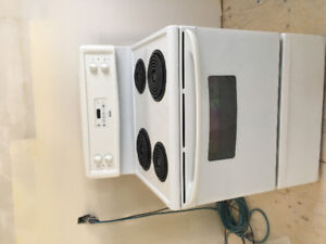 2005 kenmore stove in good used condition