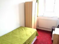LOVELY room 5 min to OVAL STATION.VERY LOW deposit