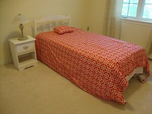 SINGLE  BED AND NIGHT TABLE WITH NEW MATTRESS!!!!!!!