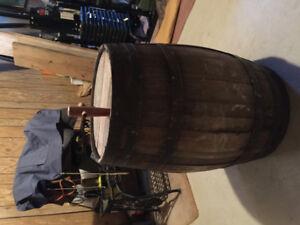 100L wood wine barrel
