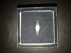 Tungsten RING size 8