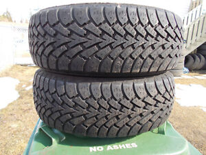p195/55/15 inch Goodyear Winter Tires / LOTS OF TREAD