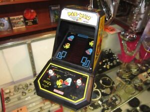 Vintage 1981 PAC-MAN Table Top Arcade Game By COLECO For Sale