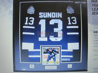 JERSEY-PIC FRAMING-LEAFS-WINTER-BLUE JAYS-WORLD CUP-OLYMPICS