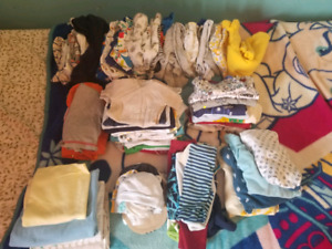 Baby boy 0-3 months lot of clothes