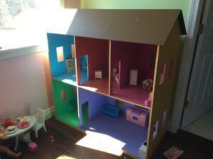 REDUSED- Wooden doll house