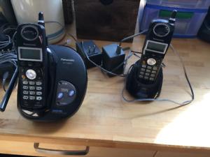 Panasonic KX-TG2424 cordless phone