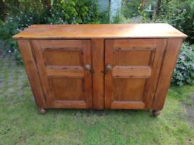 Pine vintage cupboard/sideboard.