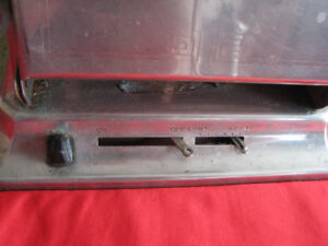 1920's WESTINGHOUSE AUTOMATIC TURNOVER TOASTER