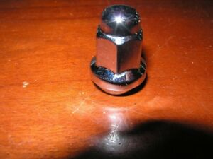 Chrome Lug nut 10 1.25