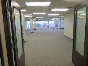 Great Views - Prime Downtown Location