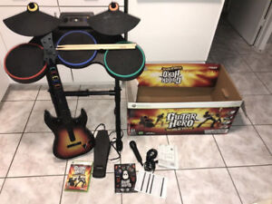 GUITAR HERO Complete set XBOX 360 drum guitar microphone