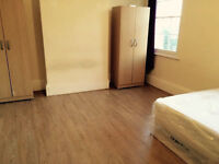 CHRISTMAS DISCOUNT! LOVELY DOUBLE ROOM IN FRIENDLY FLATSHARE! ALL BILLS INCLUDED!