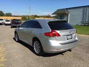 2011 Toyota Venza Crossover - One Owner - Only 90299km!! Kitchener / Waterloo Kitchener Area image 7