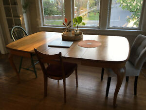 Large wood dining table (3 centre panels)