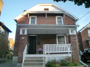 Waterloo Uptown 4 bedrooms house for rent to family from Aug