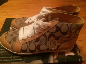 Coach sneakers, barely worn, size 7