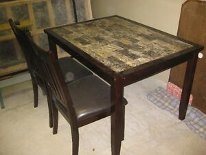 Dining table & chairs      NEW LOWERED PRICE London Ontario image 2