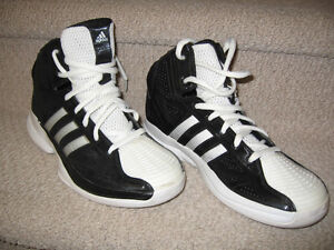 Adidas High Tops Pro Model for BasketBall (Youth/Mens)