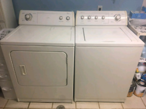 Whirlpool Washer & Dryer Set! - Fully Functional