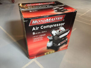 MotoMaster 5 GAL. Twin Stack Air Compressor