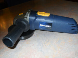Angle grinder 5 inch Mastercraft Maximum iin case BRAND NEW