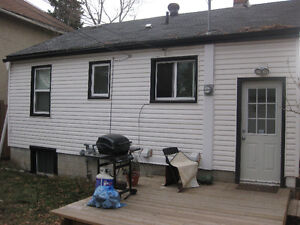 Free Rent!!!10644 76 Ave-Basement Suit-South Side-Available NOW